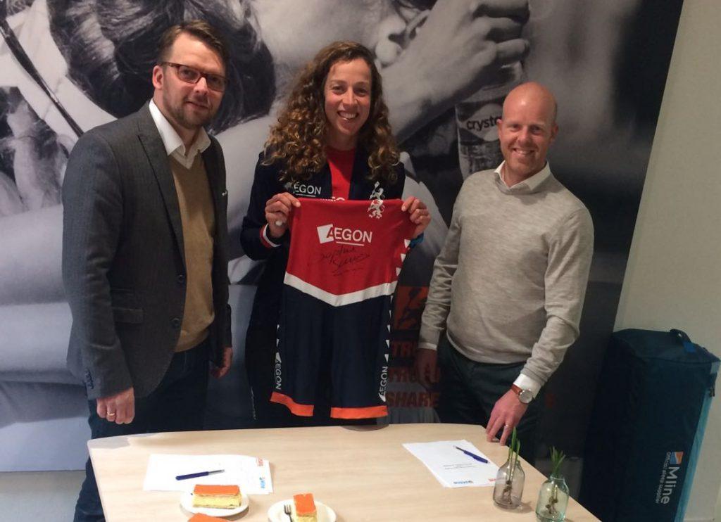 M Line Kussens : Koninklijke nederlandse roeibond kiest m line als sleep supplier