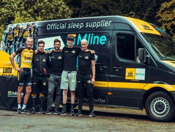 Renners Team LottoNL-Jumbo uitgerust naar Tour de France