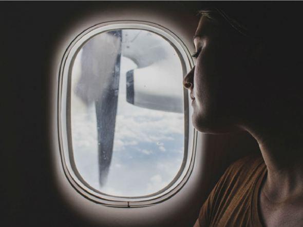 Slapen in een vliegtuig doe je zo